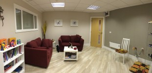 Treatment Waiting Area at Estyn Wellbeing